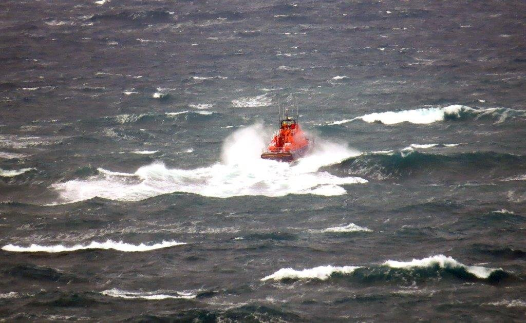 Spirit of Guernsey on Crew Training around Guernsey 11-01-15 Pic by Tony Rive (1)