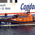 Hoylake Lifeboat Edmund Hawthorn Micklewood (13-06) arriving in St Peter Port 01-11-14 Pic by Tony Rive (6).jpg