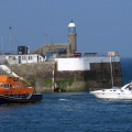 Daniel L Gibson towing the motor boat Wave Dancer into St Peter Port Shout (1) 15-09-14 Pic by Tony Rive (2).jpg
